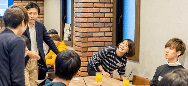 3.カフェで社会人と気軽に交流できる